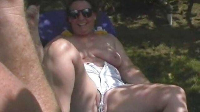 二つの熱いbrunettes与えますa アダルト ビデオ 女性 安心 blowjobへhahalaとなめる彼女のお尻